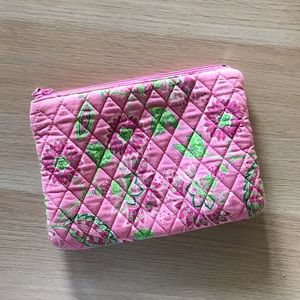 Tanya Lee Bags - Pink floral zippered bag